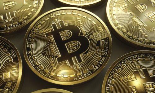 Bitcoin Price Hits $9000
