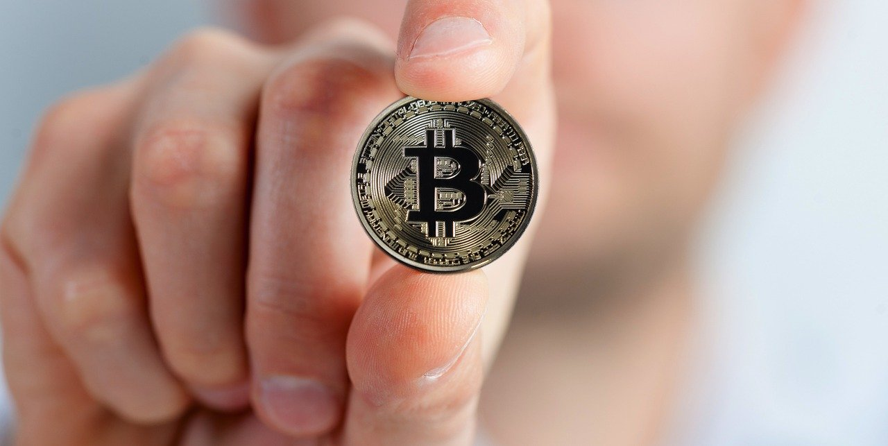 Recommendation from Billionaire Investor to Millennials: Buy Bitcoin!